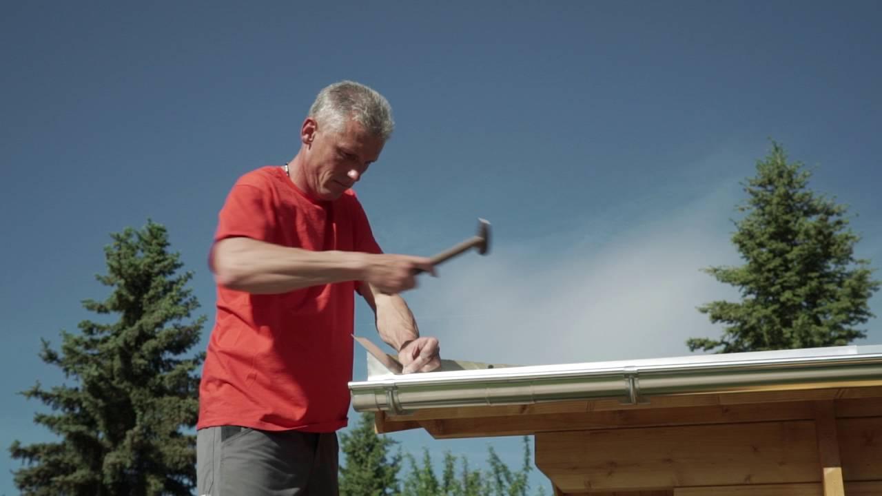 Montage eines ortblechs f r dreikantleisten installation for Klimaanlage dachmontage