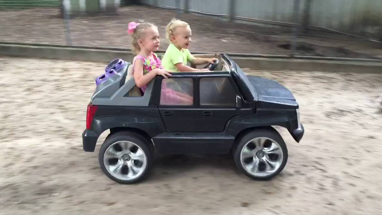 Power Wheels Cadillac Escalade >> 2 Year Olds Driving Power Wheels Cadillac Escalade