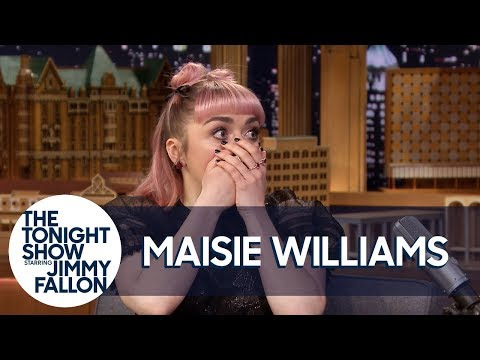 Maisie Williams Accidentally