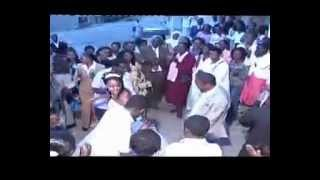 Ethiopian; Wolayta Song at Wedding with Dance