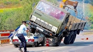 Crazy Russian Drivers Compilation JANUAR...