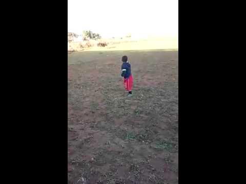 طفل مغربي موهبة خارقة في الرقص thumbnail