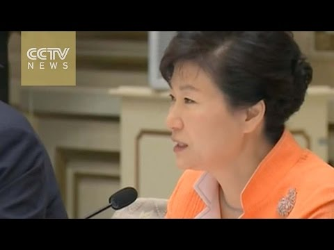 South Korea President Park to be questioned by prosecutors