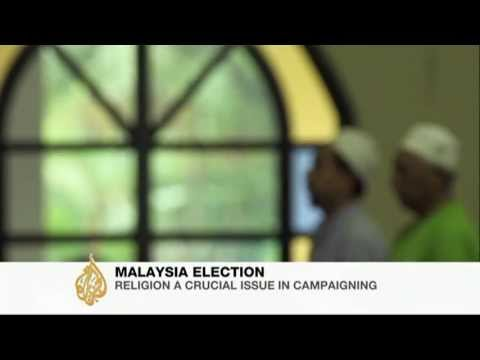 Malaysia shuns religion as campaign issue