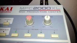 RiversideDave.com: Akai 2000xl 100mb zip disk