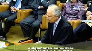 Pleno - STF concede liberdade a Cesare Battisti (1/6)