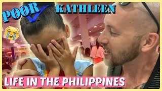 SHE ALMOST FAINTED - KATHLEEN'S FIRST BALLET RECITAL SA MALL