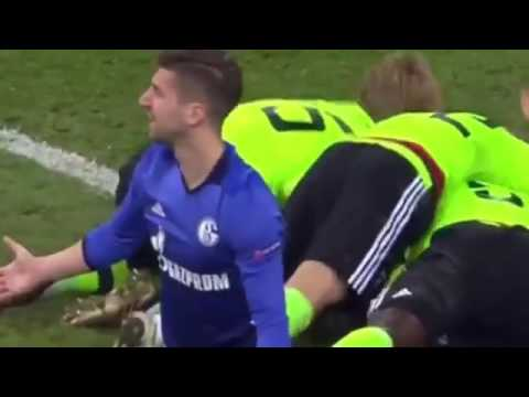 Nick Viergever Goal vs Schalke 04 3-1 | HD
