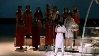 Björk - Undo - Live Performance - Subtítulos Español - V L R O H - 07 / 12 / 2001