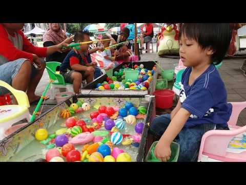 Lagu Anak Indonesia Air Di Obok Obok - Lagu Anak Ceria - Fun Outdoor Playground For Kids