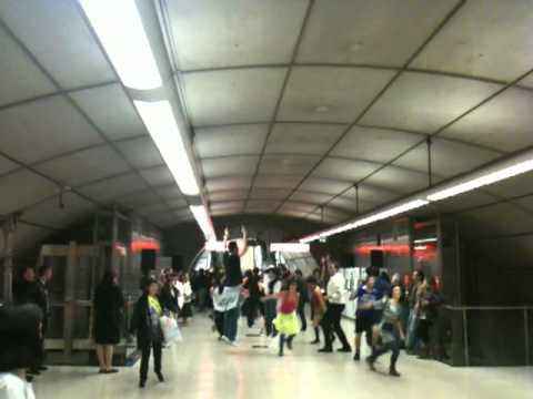 Flashmob Moyua (metro) Bilbao