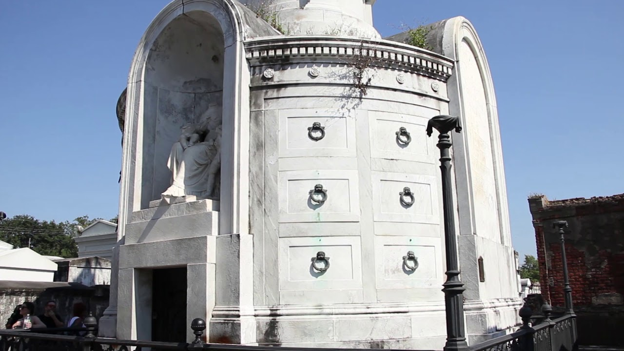 St  Louis Cemetery #1: TRICENTENNIAL MOMENTS