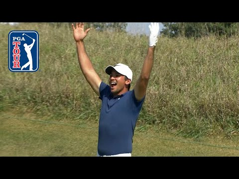 Jason Day electrifies the crowd with a hole in 1 at BMW
