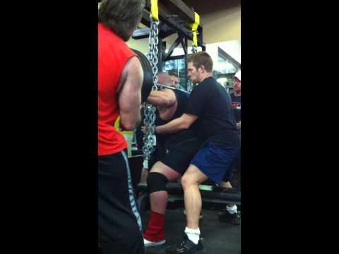 Robert Gorman Squatting 850 lbs