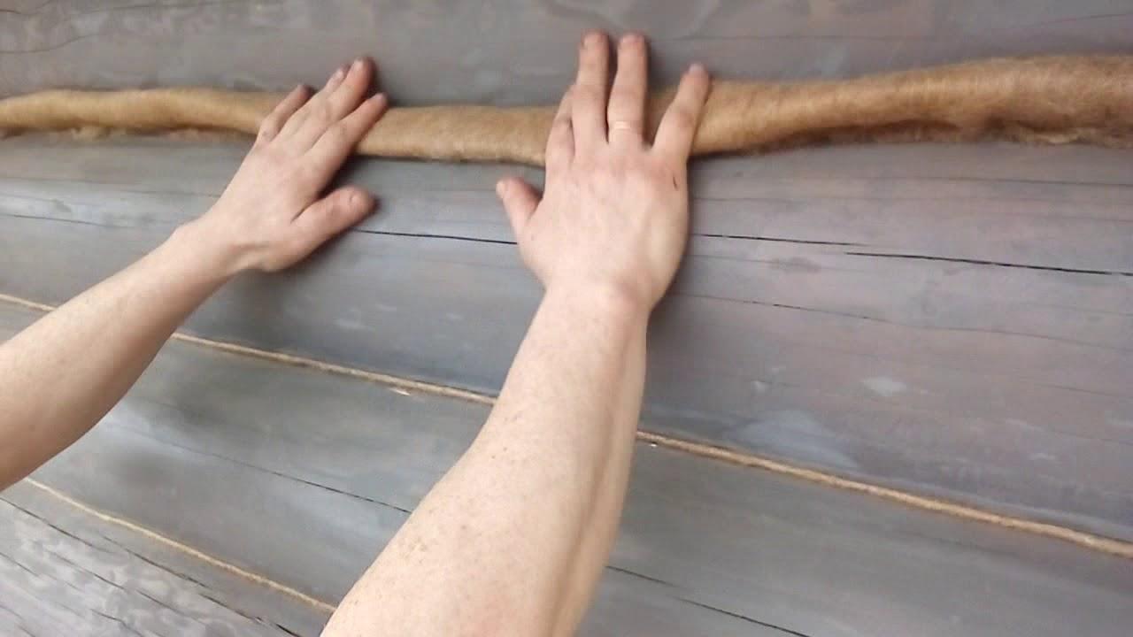 Правильная конопатка сруба.
