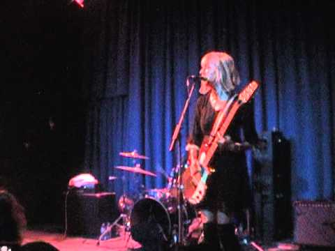 The muffs agony live at the uptown oakland