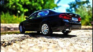 Про машинки. Открываю новую модельку машинку БМВ / BMW 550 распаковка и обзор.