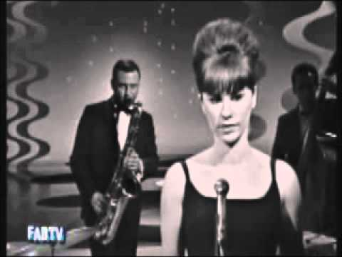 Girl from Ipanema by Astrud Gilberto with lyrics.wmv