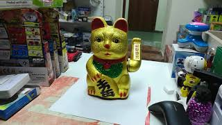 Кот манэки для привлечения денег
