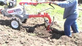 Repeat youtube video Motocultor Kipor KDT 910   motor diesel, 10 cp