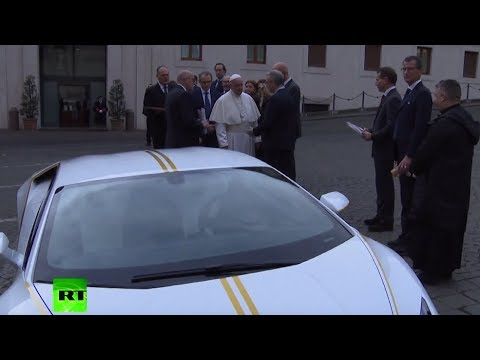 Pope gets Lambo: Donates car to rebuild Iraq's Christian region