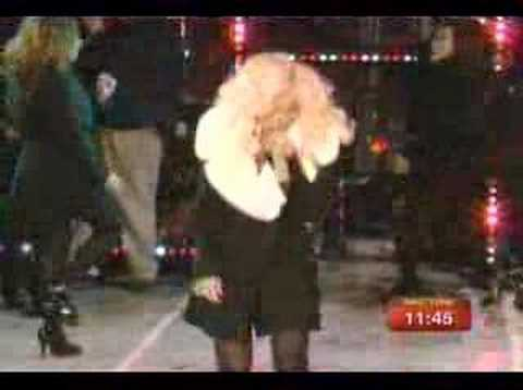 Christina Aguilera- New Years Eve Times Square Performance
