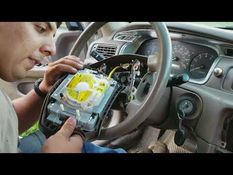 Toyota Camry steering wheel & airbag removal