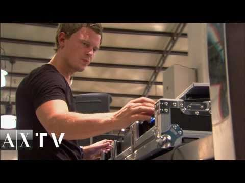 Fedde le Grand Plays at Armani Exchange in Soho for Fashion's Night Out