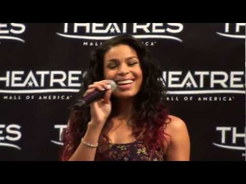 "Jordin Sparks singing ""Love Will"" from ""Sparkle"" @ the Mall of America"