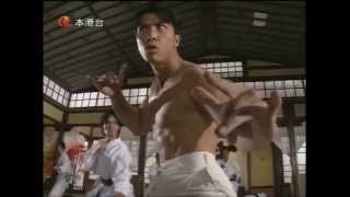 Donnie Yen imitates  Bruce Lee in Fist of Fury