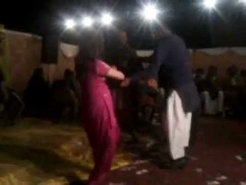 best mujra 2012 mehndi numbardar ki8.mp4