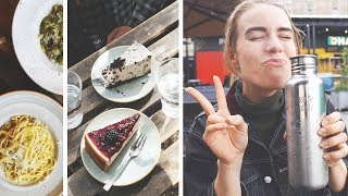 COME WITH ME TO WORK // zero waste travel and eating the best vegan food