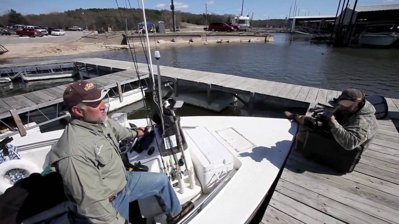 Texoma striper fishing youtube for Texoma fishing license