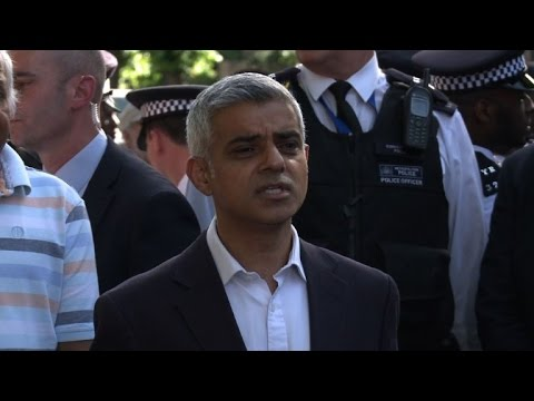 Angry mob greets Sadiq Khan as he visits London fire victims