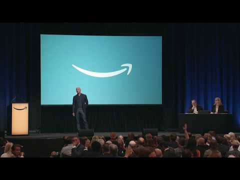 Rachel Lutzker - Someone tries to return Amazon package to Jeff Bezos at Shareholder Meeting