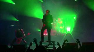 2011.03.14 Asking Alexandria - Not the American Average (Live in St. Louis)