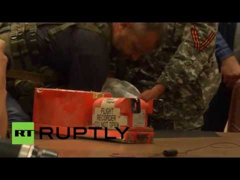 MH17 black box handover: Malaysia receives flight-recorders from Donetsk rebels