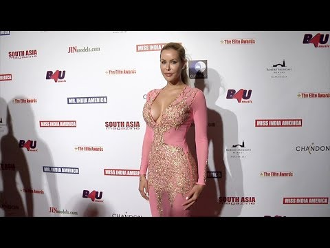 Playmate Kennedy Summers 2017 Elite Awards Ceremony Charity Gala Red Carpet