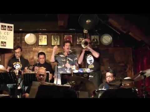 Muskrat Ramble - Kenny Martyn Clarinet with The China Coast