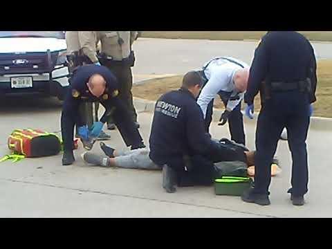 Man gets tased in Newton Iowa