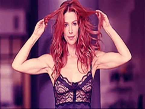 Poppy Montgomery: What Makes You Beautiful