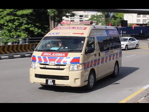 [PEACE!] Malaysian Ministry of Health ambulance responding u