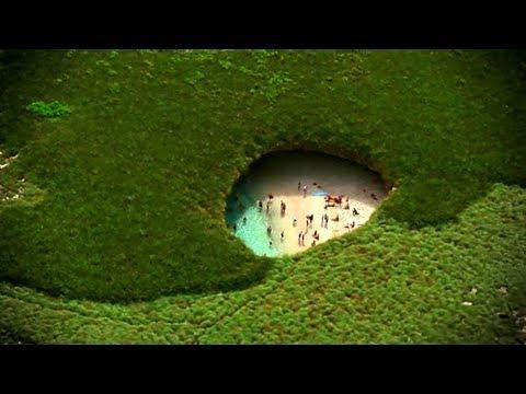 أغرب 10  شواطئ متفردة حول العالم .. رقم 3 شاطئ الخنازير