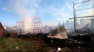 Пожар в Брехово(11 июля 2011 года. Пятницкое шоссе, деревня Брехово. Подробности: http://www.netall.ru/gnn/130/572/546966.html., 2011-07-11T16:29:02.000Z)