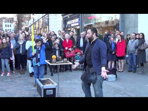 Sergio Barros- Covent Garden Street Magic