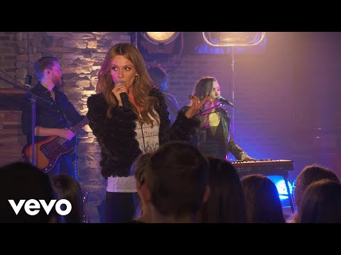 Carly Pearce - Hide The Wine – (Live on...