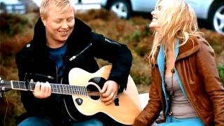 "Venke Knutson & Kurt Nilsen ""When the stars go blue"""