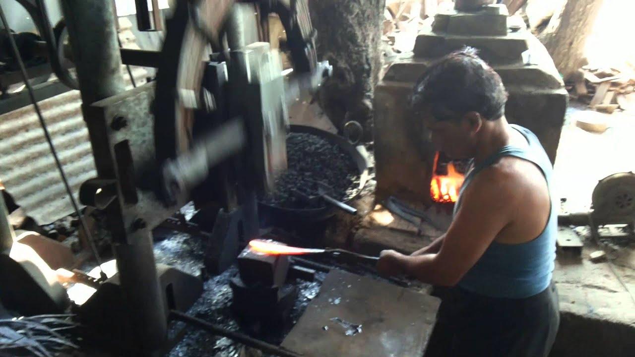 Power Forging Hammer Machine For Blacksmiths India Youtube
