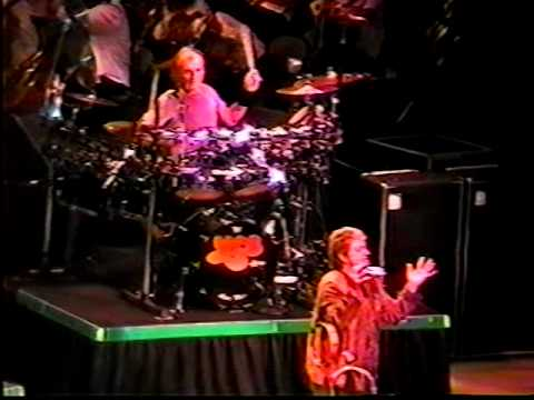 "Yes - Live at Radio City Music Hall, NYC 9/8/2001 ""Yessymphonic Tour"""