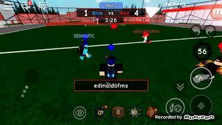 (Roblox jogando futebol de rua)